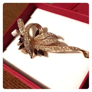 Jewelry - Gold Plated Swarovski Crystal Brooch